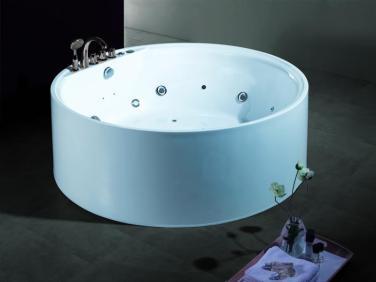 salle-de-bain_baignoire-ronde-items-france